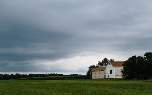 weather stormy darksky landscape storm nj updikefarmstead princeton farm historic clouds newjersey unitedstates us