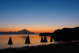 Sunrise meets moonset | by Karsten Gieselmann