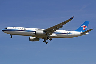 China Southern Airbus A330-343X F-WWYI (B-8363) TLS 20-09-17 | by Axel J.