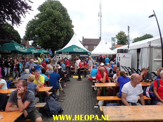 2017-08-11   2e dag  Berg & Terblijt   28 Km  (136)