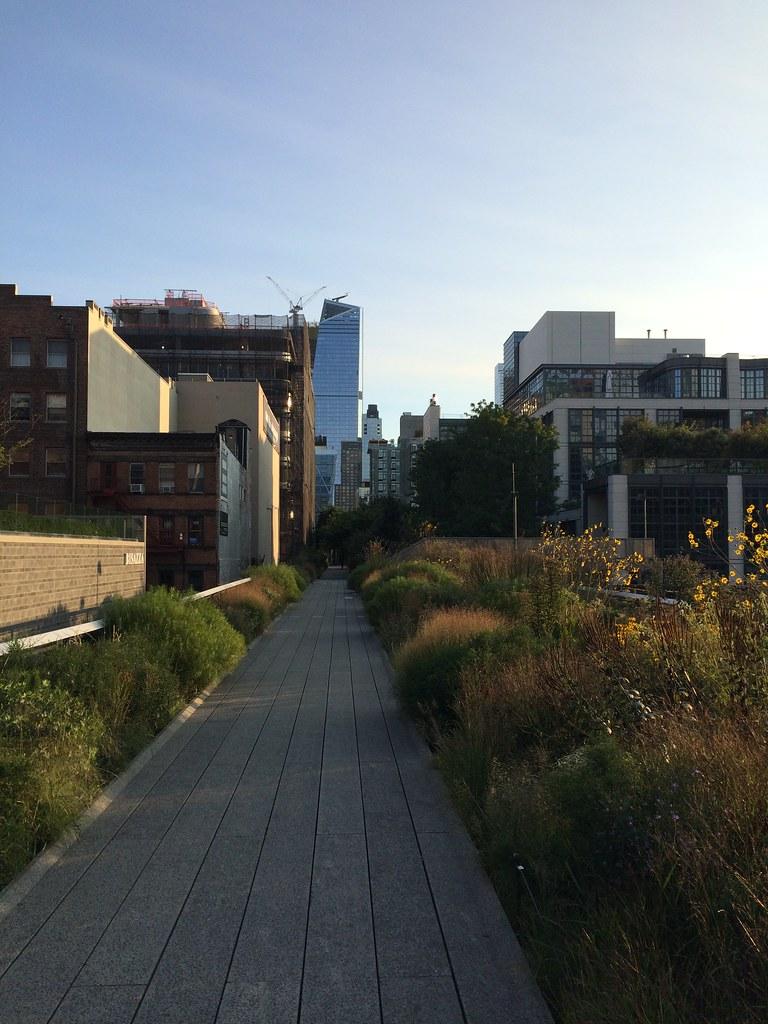 201709104 New York City Chelsea High Line Park