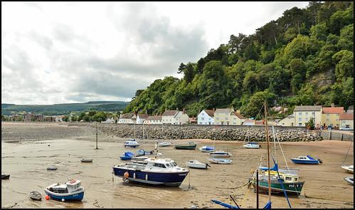 mineheadbeachsomerset beachviews harbour nikond7000 nikon18200lens clouds sky sea water sand boats lunaphotos