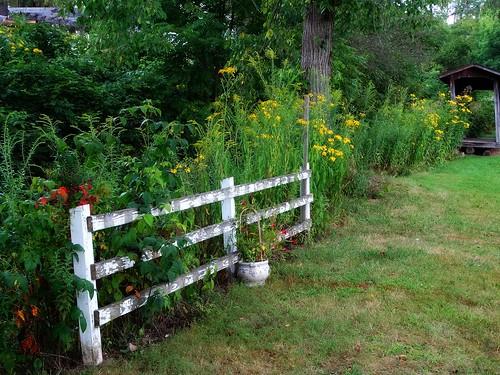 pennsylvania mercer lawrence volant fence landscape autumn us19 i79pa pa108 erjk
