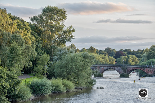 riverdee chester weather water nature northwestengland bordertown trees watersports bridge sunset arches publicpark romancity uktourism riversedge path placesofinterest chestercitycouncil weir