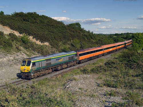 irishrail iarnrodeireann ie201class ie234 mk3 brelmk3 railroad railway railwayoffaly emd emdexportloco jt42hcw