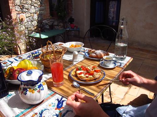 Breakfast at La Torreta   by fabulousfabs