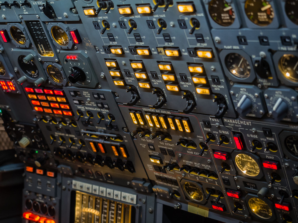 Concorde flight engineer's desk | wi-fli | Flickr