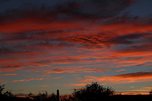 sun set sunset dusk twilight nightfall cloud clous sky skyline skyscape sahuarita arizona az sahuaritaaz august 18 2017 august182017 arizonasky arizonaskyline arizonaskyscape arizonasunset canon eos 80d canoneos80d eos80d canon80d red orange yellow gold golden salmon black 81817 8182017