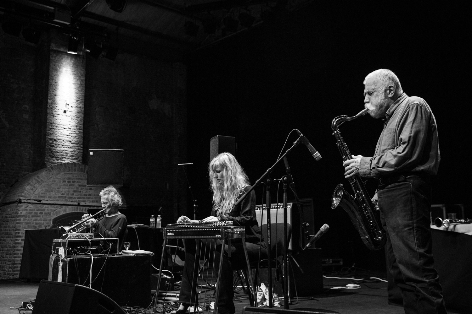 Peter Brötzmann – Toshinori Kondo – Heather Leigh-8223