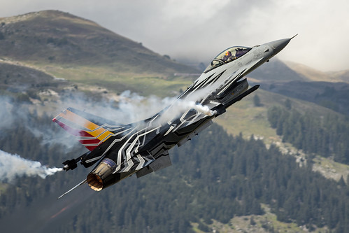 Belgian F-16 Solo Display Sion 1   by starbug198133