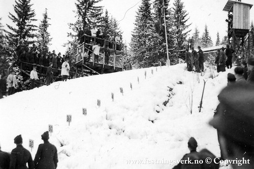 Gamle Lysgårdsbakken Lillehammer (2585)