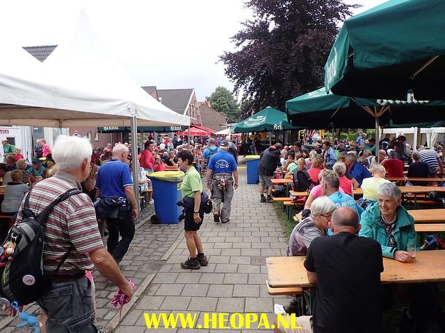 2017-08-11   2e dag  Berg & Terblijt   28 Km  (137)
