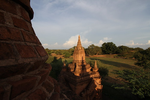 Sunset in Bagan | by Huyscout