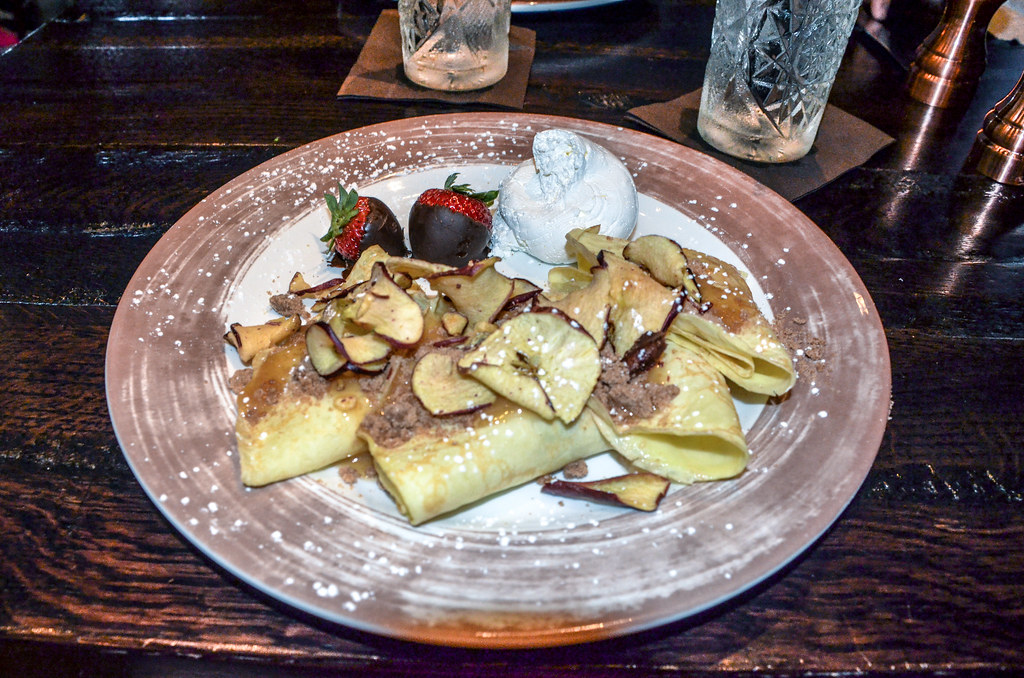 apple crepes toothsome