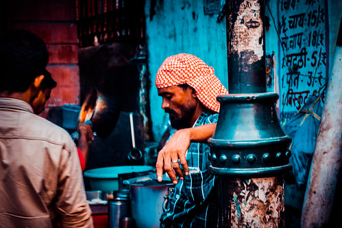 hustle street india poverty people public inspiration mood good travel wanderer summer sunset sun s sky history landscape clouds friends fighters instagood delhi fun freedom goldenhour green light indiagate l life like blue explorer newdelhi