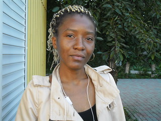 Helduina from Angola. She finished university and will be graduate student. She 28, speaks Russian