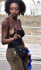 DSC_2981a Notting Hill Caribbean Carnival London Aug 28 2017 Stunning Lady Black Braless Top with Flag of Barbados