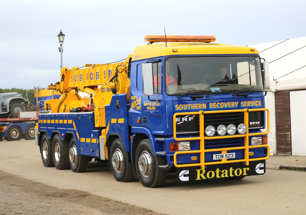 Southern Recovery Services - TOW 523 @ Truckfest South East 03-09-17