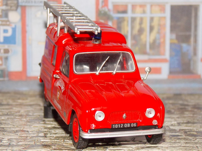 Renault 4 Fourgonnette – 1965 – Nice Pompiers