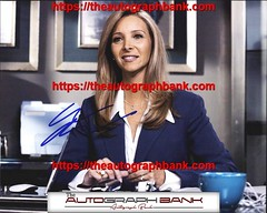 Lisa Kudrow authentic signed memorabilia | http://ift.tt/2kYhiwh