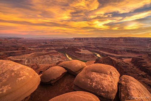 2017 canyon coloradoplateau deadhorsepointstatepark moab northamerica sonya7r usa utah clouds landscape rocks sky sunset travel boulders sandstone geology canyonlandsnationalpark