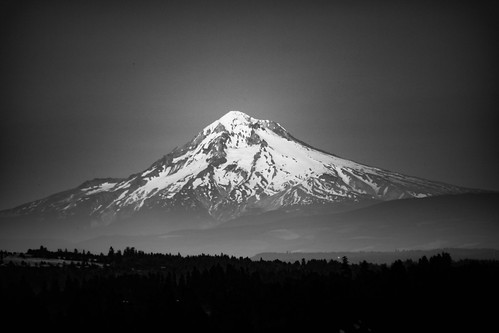 mounthood volcano oregon mountain