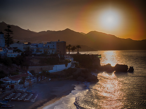 spain nerja andalucía hdr sunrise sun mediterranean sea coast andalucia balcondeeuropa playadelsalon mountains golden orange summer laspalmeras costadelsol beach boats waves solitary solitude
