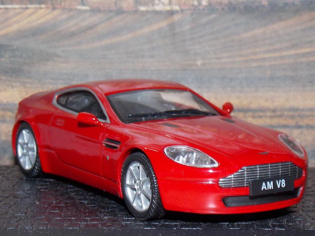 Aston Martin Vantage V8 – 2005