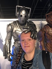 Daughter getting attached by a Cyberman