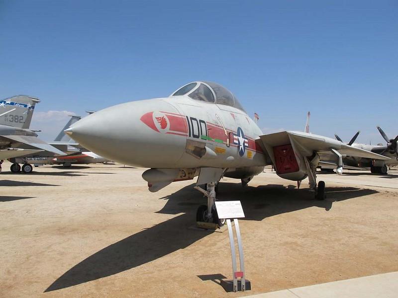 Grumman YF-14A Tomcat 1