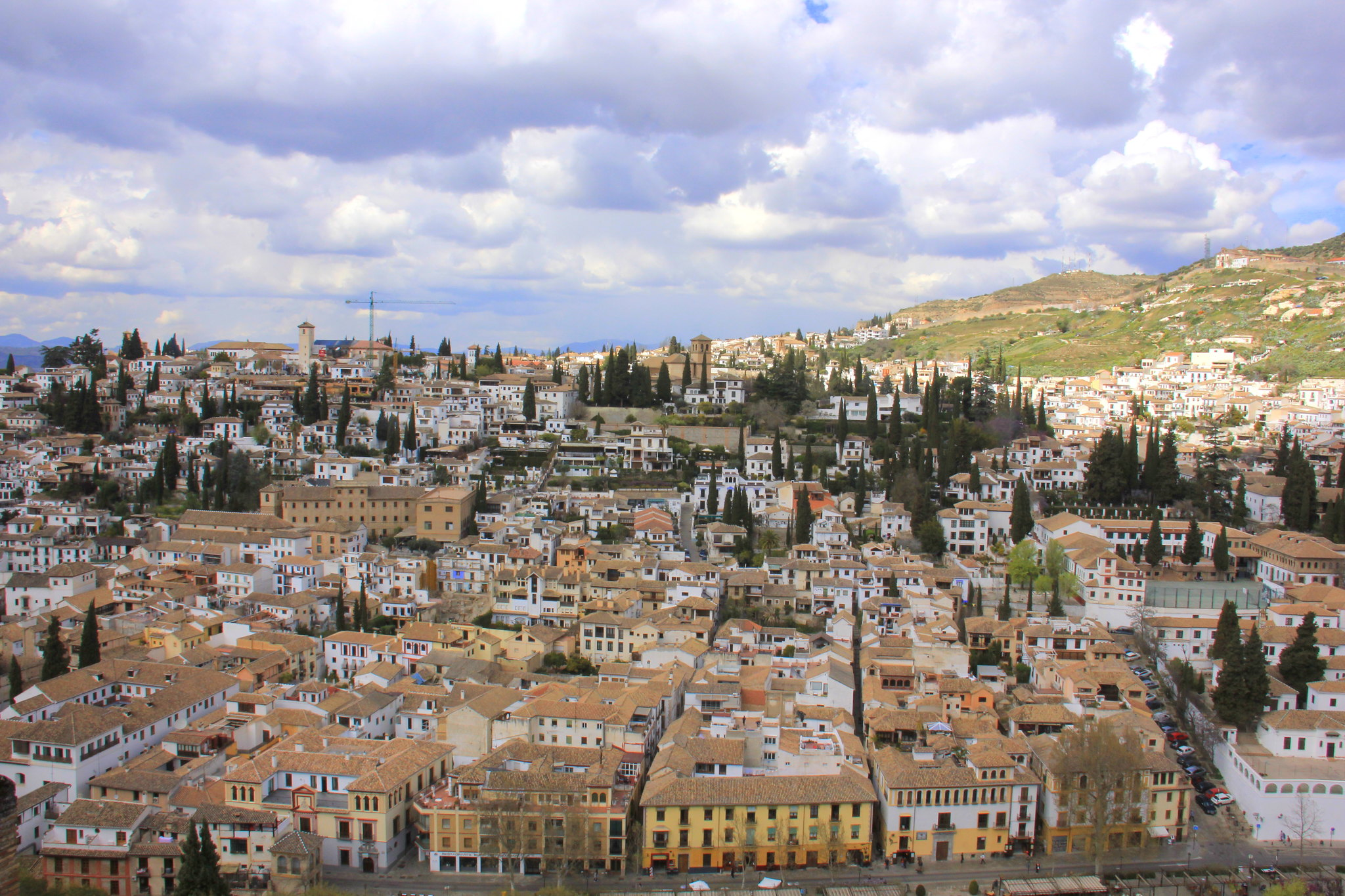 Stunning views of Granada from the summit of Alcazaba in Alhambra