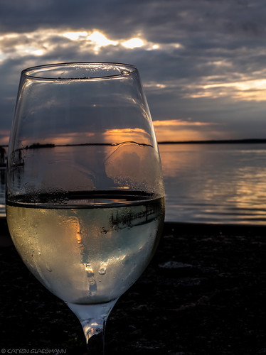 steinhudermeer sunset unterwegsmitmoni weinschorle glass steinhude