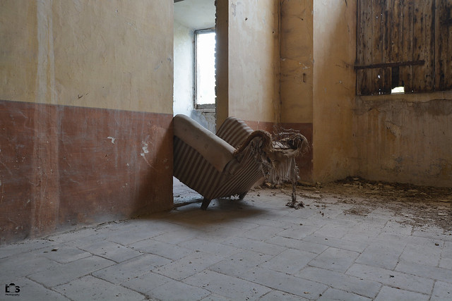 chair in the wall