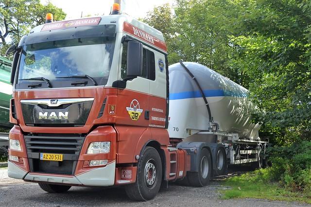 MAN TGX - Johs. Rasmussen International Transport & Spedition Svebølle - Nr47 - DK  AX 20 531