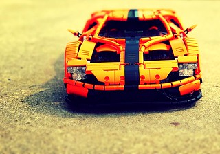 Ford GT   by loxlego