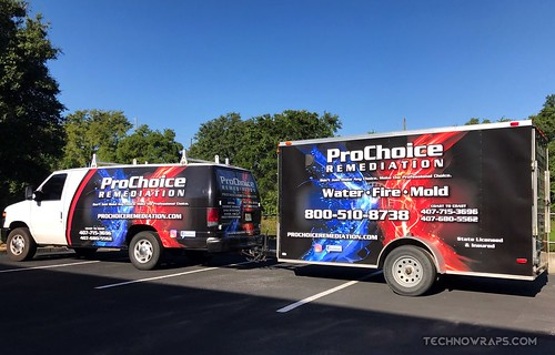 Van and trailer fleet vinyl wrap by TechnoSigns in Orlando
