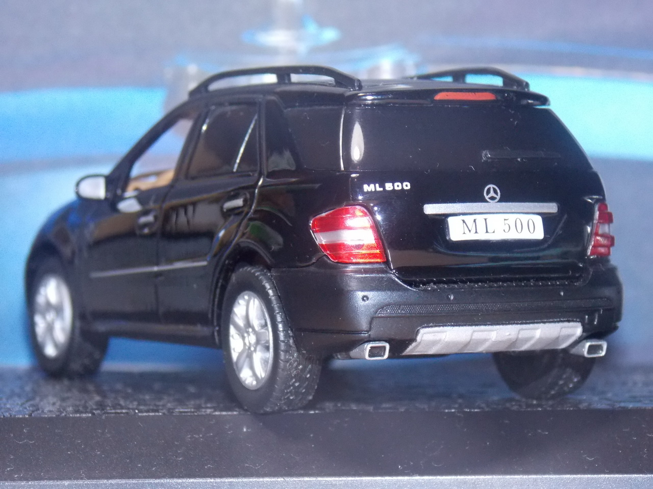 Mercedes Benz ML500 – 2005