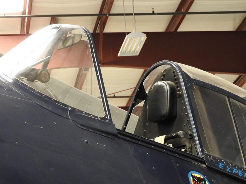 Grumman F6F-5 Hellcat 1