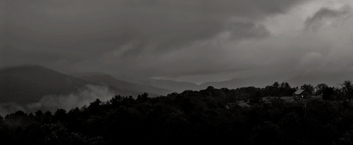 stowe vt vermont new england storm clouds weather black white bw mono monochrome rwgrennan rgrennan ryan grennan nikon d610 travel moody landscape mountains light window stowehof view 2017 september