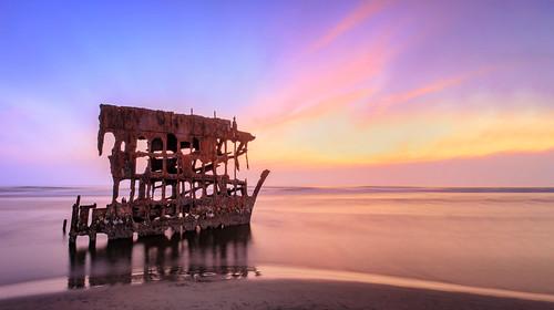 wreckofthepeteriredale oregon ocean longexposure sunset rusty rustyandcrusty