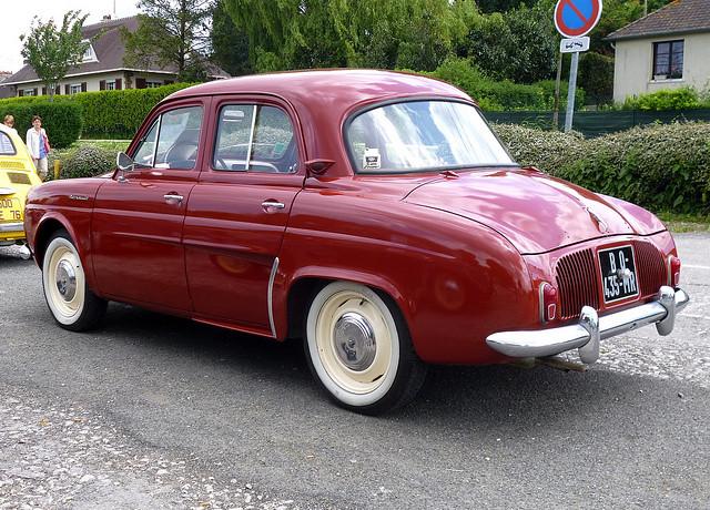 Renault Dauphine – 1957