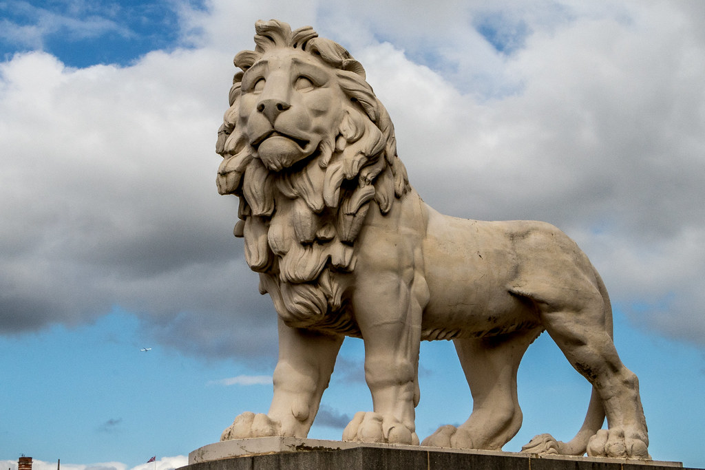 Also known as the Red Lion, is a Coade stone sculpture of a standing male lion cast in 1837.  It has stood at the east end of Westminster Bridge in London, to the north side of the bridge beside County Hall, since 1966.  Re:WiKi