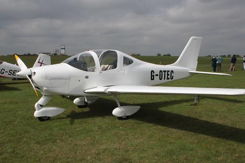 G-OTEC Tecnam P2002 [PFA 333-14950] Sywell 030911