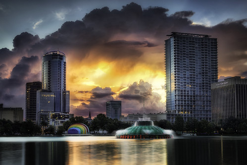 lakeeola orlando florida sunset downtown fountain