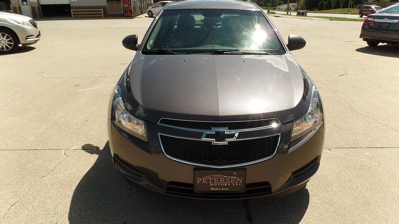 2011 Chevy Cruze LS | Petersen Motors