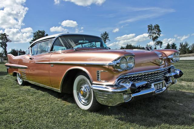 Cadillac Series 62 Coupé DeVille 1958 (5576)