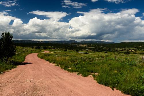 240700mmf28 nikon d810 color clouds mountaiins road
