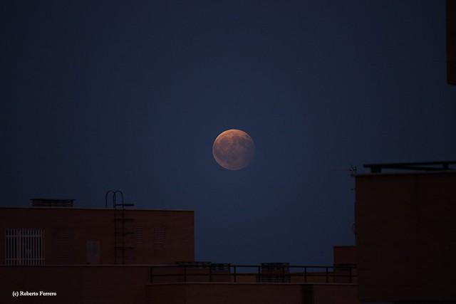 Eclipse parcial de Luna 7/8/2017