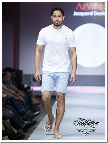Arvind Pandit Delhi   modeling background   by arvindpandit