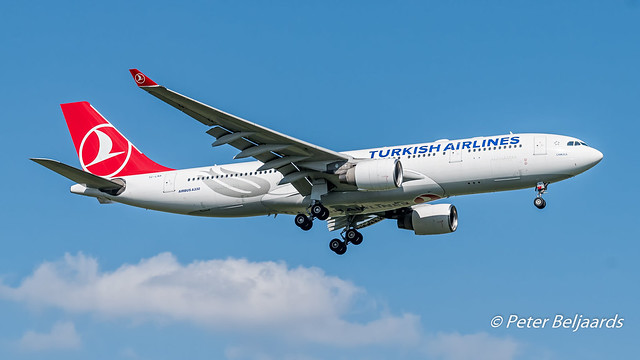 TC-LNA  Airbus A330-200 - Turkish Airlines